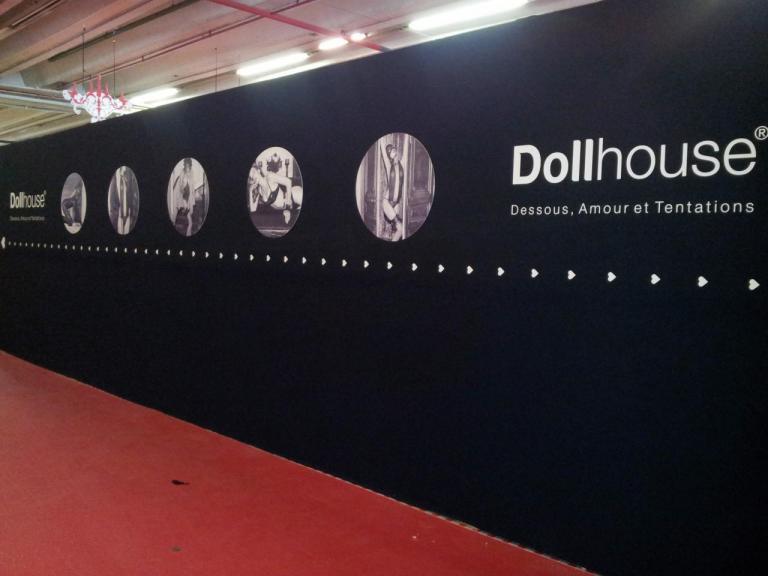 Panneau temporaire Dollhouse
